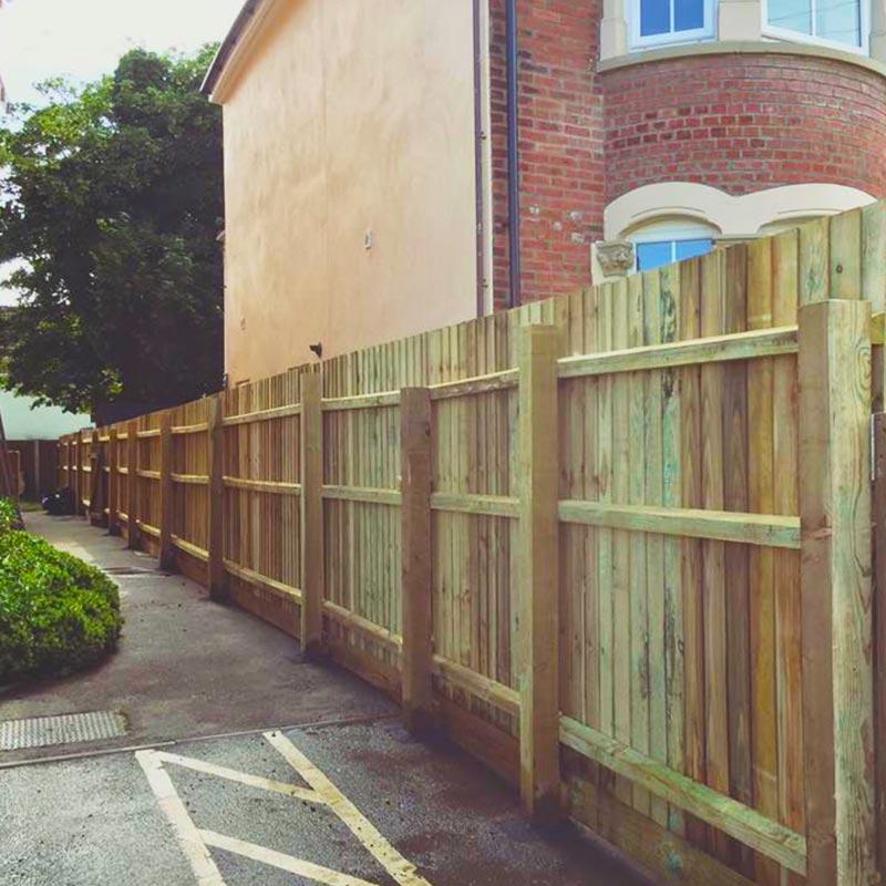 Fencing Contractors in Richmond